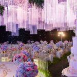 Bỏ túi ngay phong cách cắm hoa để bàn ngày cưới siêu đẹp