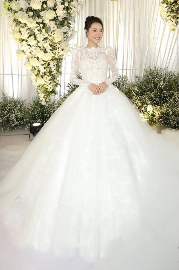 Cô dâu cần mua sắm gì trước ngày cưới?