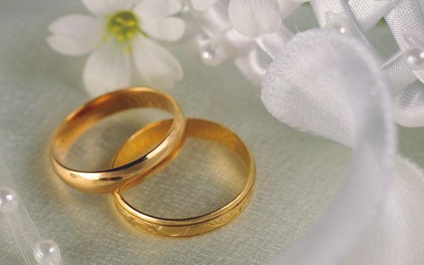 Đeo nhẫn cưới trước có sao không?