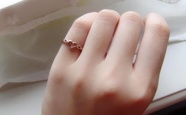 Đeo nhẫn ngón nào thì may mắn, đem nhiều tài lộc?