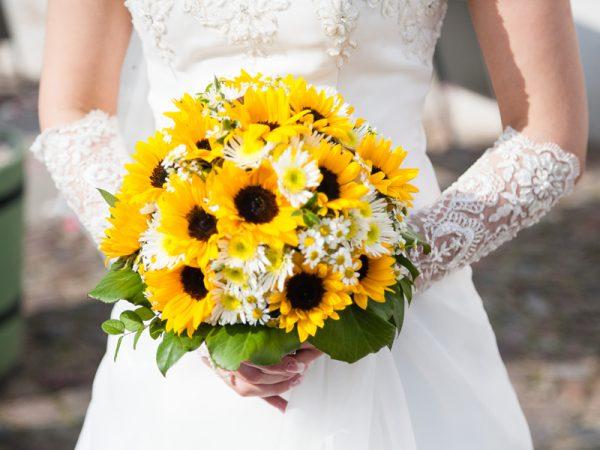 Hoa cưới cho hôn lễ tháng 4
