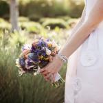 Mẹo giữ hoa cưới tươi lâu nhất có thể