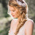 """Những kiểu tóc cô dâu đơn giản mà đẹp cho cô dâu """"lười biếng"""""""