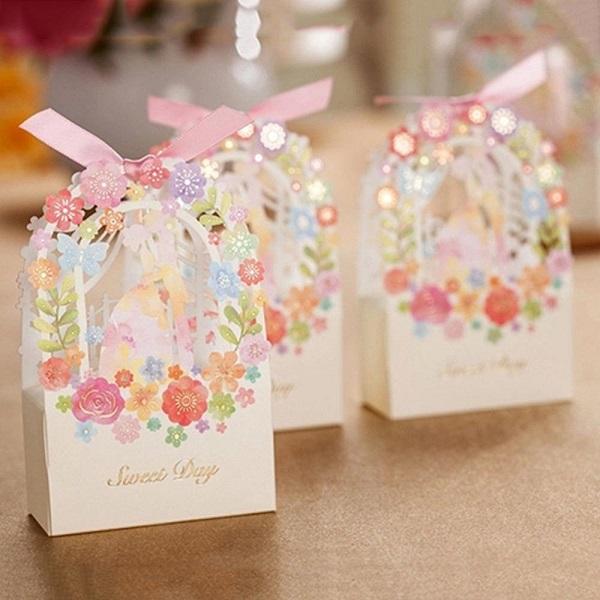 Gợi ý quà cảm ơn tặng khách mời đám cưới